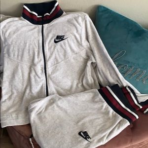 Nike terry cloth sweat suit